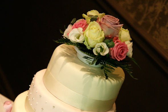 Wedding Flowers - Cake