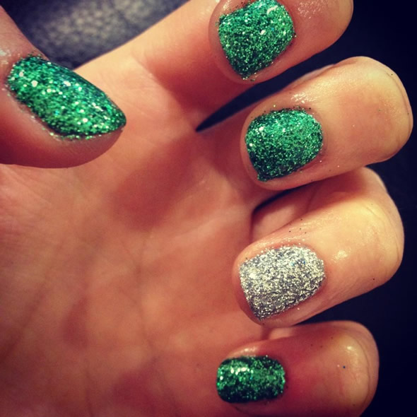 Christmas Shellac Glitter Nails